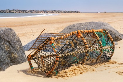sea-palling-lobster-pot