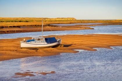burnham-overy-staithe-boat