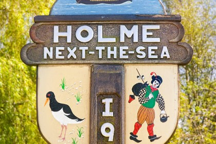 holme-next-the-sea-village-sign
