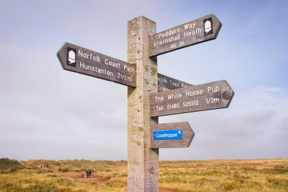 holme-peddars-way-sign-post
