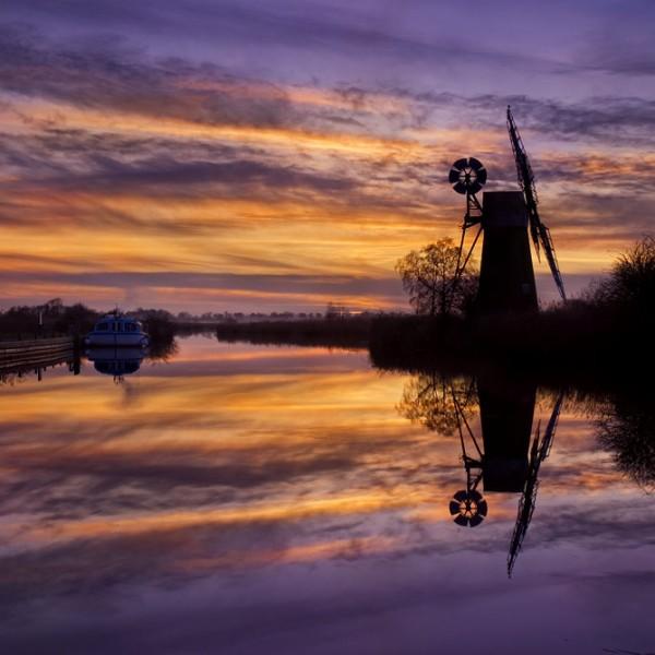 turf-fen-mill-sunset